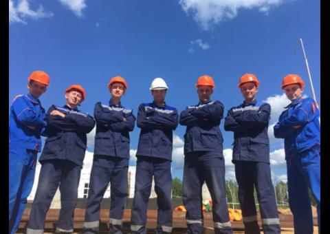 Бригада опытных строителей